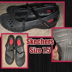 Womens 7.5 Skechers Mary Jane Rubber Shoes